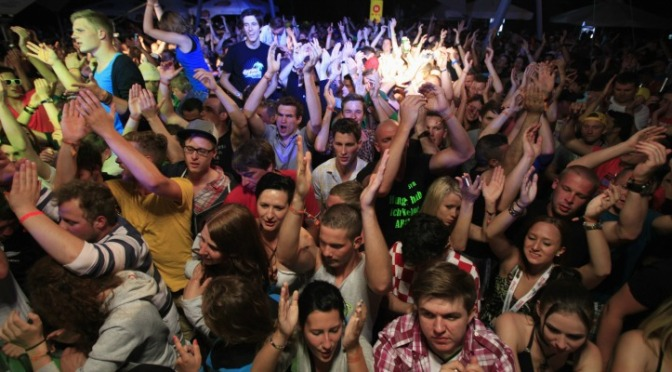 All Hail Halloween – A Live Diary of a Normal College Kid Turning Up