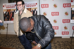Josh Gad and Kevin Hart laugh at each other's responses to press. November 1,2014. (Lauryn Froneberger/ Pulsefeedz)