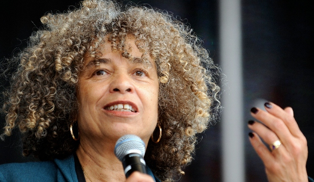 Political activist Angela Davis talks social change at UMD